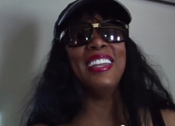 This is priceless, Donna Summer on her private plane giving us a treat!